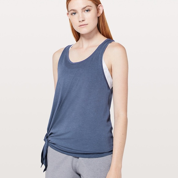 209ee299422eb6 lululemon athletica Tops - To the point tank